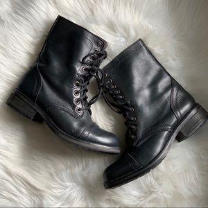 Steve Madden • Black Leather Combat Boots Sz 8M